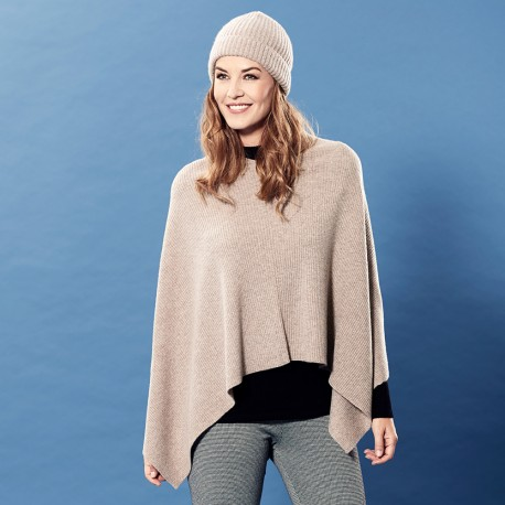 Beige knitted poncho in pure cashmere
