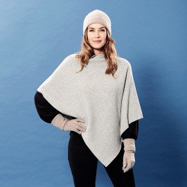 Light grey poncho knitted in pure cashmere