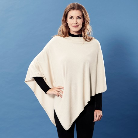 Sand coloured poncho in silk/cashmere mix
