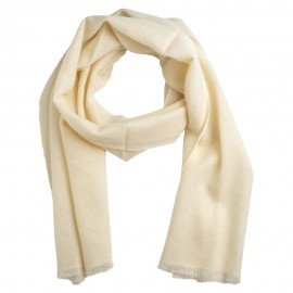 Small cashmere scarf in off white