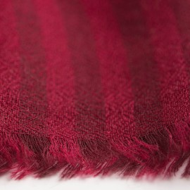 Red striped cashmere stole in diamond weave