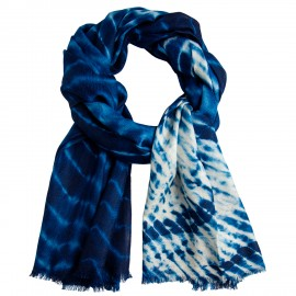 Blue/white tie-dye shawl