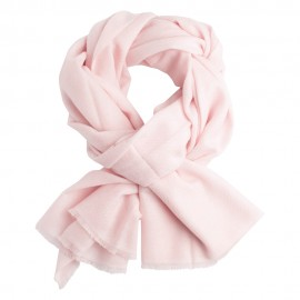 Soft pink cashmere scarf in twill weave