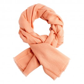 Peach coloured cashmere scarf in twill weave