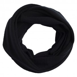 Black neck warmer knitted in cashmere